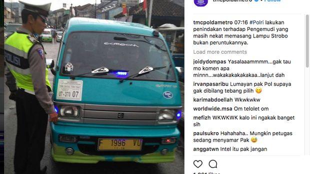 Polisi Copot Strobo di Angkot dan Motor