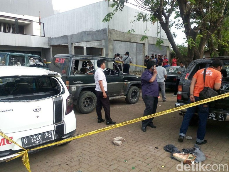 Bentrok Massa di Karawang, 1 Motor Dibakar dan 5 Mobil Rusak