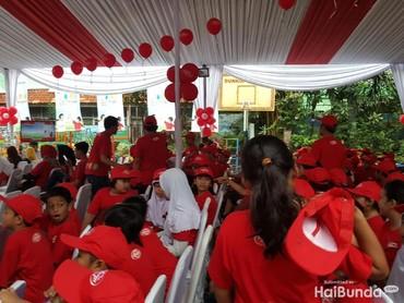 Ini dia siswa-siswi SD 03 Pagi Menteng, Jakarta, yang memperingati Hari Cuci Tangan Pakai Sabun Sedunia.