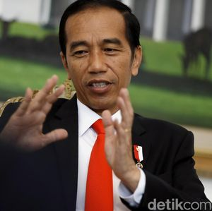 Trump Beri Warning Pe   rang Dagang, Jokowi Susun Strategi