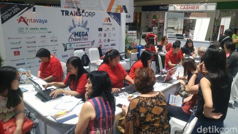 Berburu paket liburan di Mega Travel Fair Semarang (Angling/detikTravel)