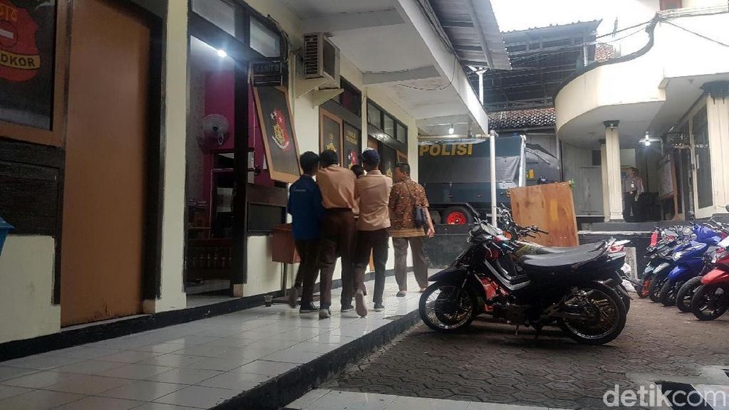 Ngeri! Video Duel Gladiator Siswa SMP Sukabumi Beredar Luas