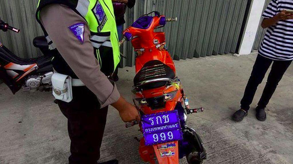 Pelat Motor Thailand Beredar, Pelat Indonesia Kurang Menarik?
