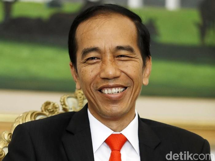 Presiden Jokowi kerap mendengar lagu-lagu Metallica hingga GNR saat perjalanan kerja dari Bogor ke Jakarta. (Dikhy Sasra/detikcom)