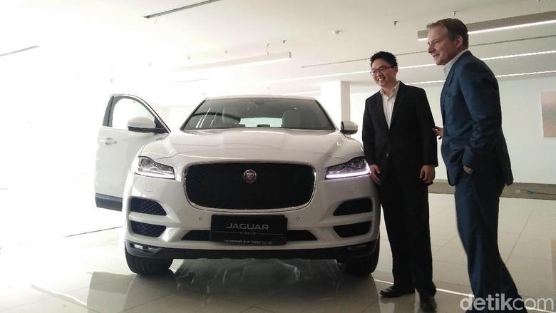 Ini Beda Jaguar F-Pace Terbaru dengan Model Pendahulunya Foto: Khairul Imam Ghozali