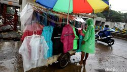 Musim Pancaroba, BPBD Jatim Petakan Daerah Rawan Banjir dan Longsor