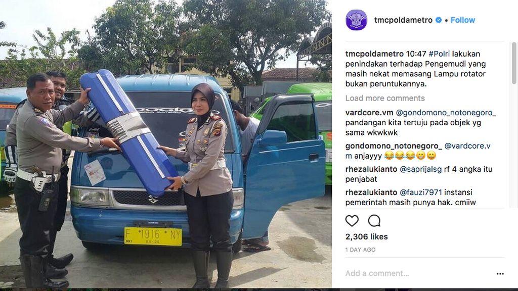 Polisi Razia dan Copot Strobo di Angkot dan Motor