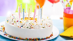 Kue Ulang Tahun Ini Disebut Gagal, Kenapa Ya?