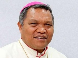 Vatikan Rahasiakan Alasan Mundur Uskup yang Disorot Media Asing