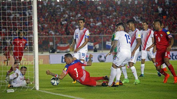Keberhasilan Panama ke putaran final Piala Dunia 2018 tidak lepas dari kontribusi Roman Torres.