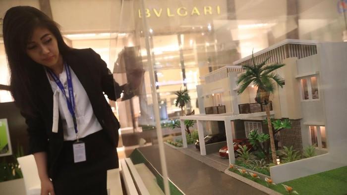 Merayakan hari jadi ke-48, Agung Podomoro Group menggelar pameran properti di Pacific Place Mall, Jakarta.