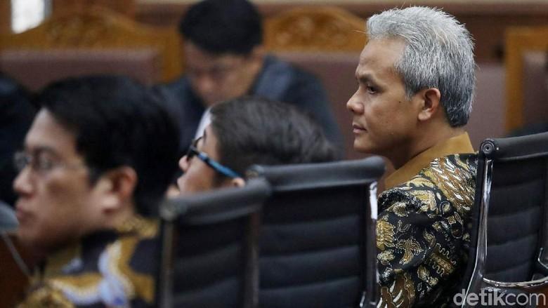 Ganjar Pranowo Bersaksi di Sidang e-KTP