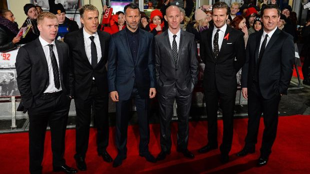 Paul Scholes, Ryan Giggs, dan David Beckham bagian dari 'Class of 92' yang menjadi pemain penting di masa keemasan MU.