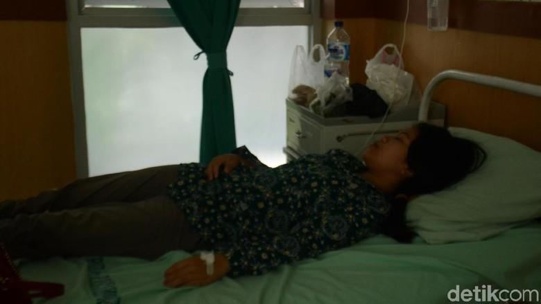 Jarum Pentul di Perut Gadis asal Rembang Akhirnya Bisa Keluar