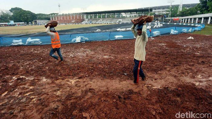 Stadion Madya Senayan, jakarta bakal memiliki lapangan rumput seperti SUGBK. (Rengga Sancaya/detikSport)