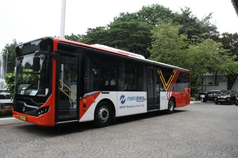 Minitrans dan Metrotrans. Foto: Pool (Transjakarta)