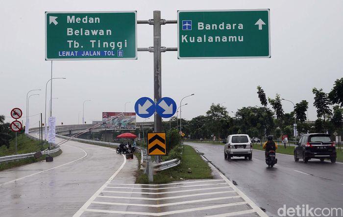 Dua ruas tol Trans Sumatera Medan-Binjai seksi 2 dan 3 (Helvetia-Binjai) sepanjang 10,46 km dan Medan-Kualanamu-Tebing Tinggi seksi 2-6 (Parbarakan-Sei Rampah) sepanjang 41,65 km.