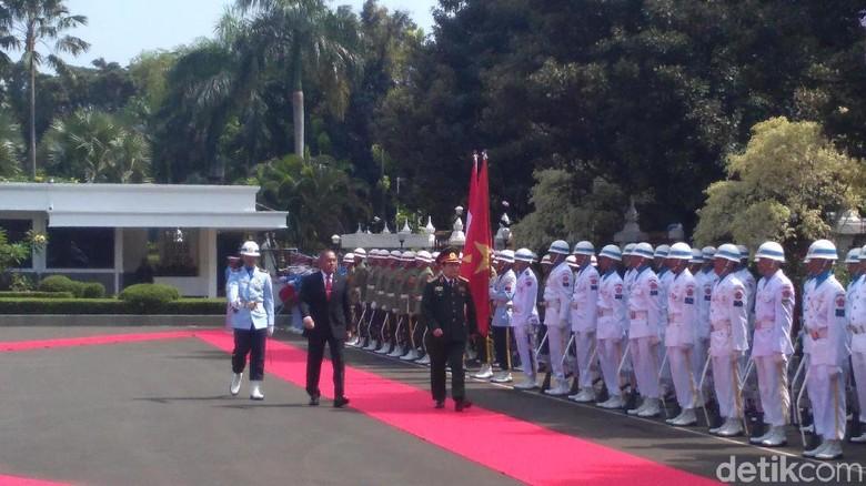 RI-Vietnam Bahas Kerja Sama Industri hingga Pendidikan Pertahanan