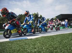 Seru dan Kocak, Aksi Rider MotoGP Naik Motor Listrik Imut-imut