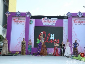 Banyuwangi Fashion Festival Panggung Desainer Lokal dan Model