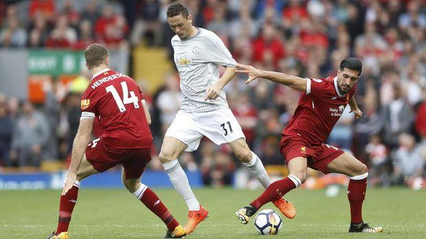 Nemanja Matic bisa memberi keseimbangan bagi permainan Manchester United.