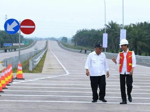 Pemerintah Optimistis Jakarta-Surabaya Tersambung Tol Tahun Ini