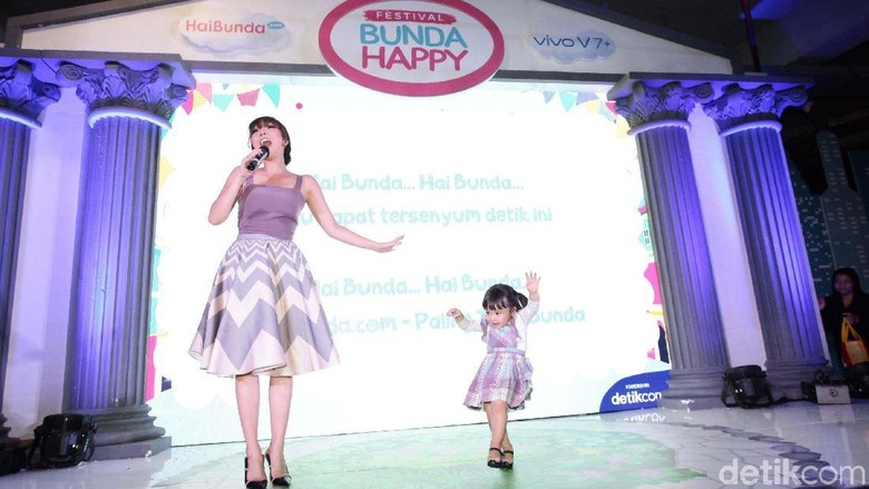 Keseruan launching jingle Hai Bunda /Foto: Hasan Alhabshy