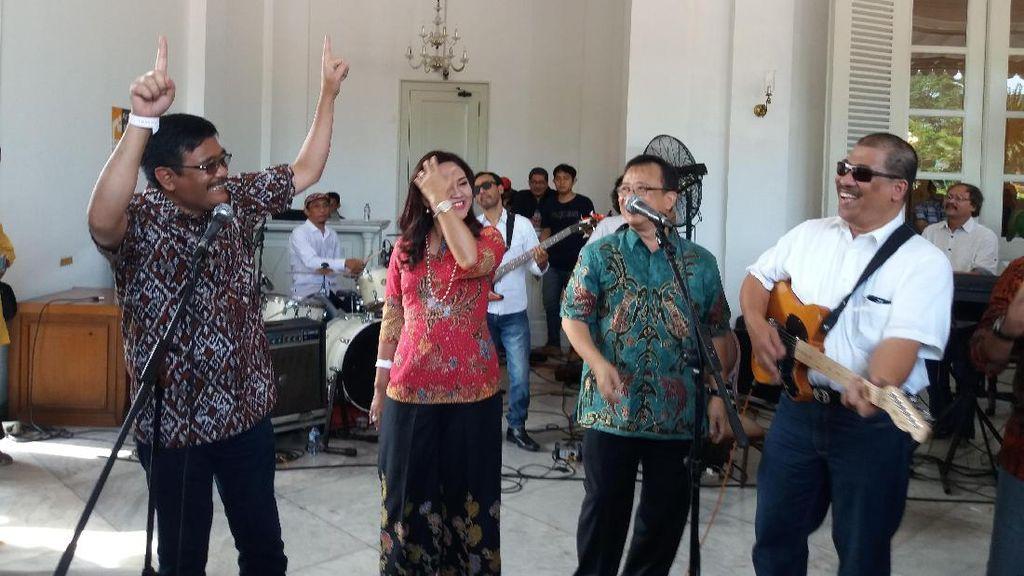 Djarot Lepas Jabatan dengan Bernyanyi, SKPD Berjoget Gembira