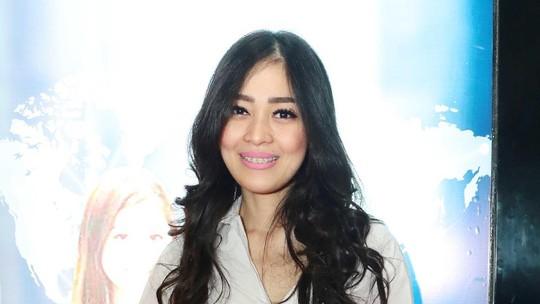 Gracia Indri Semringah Banget Sih!