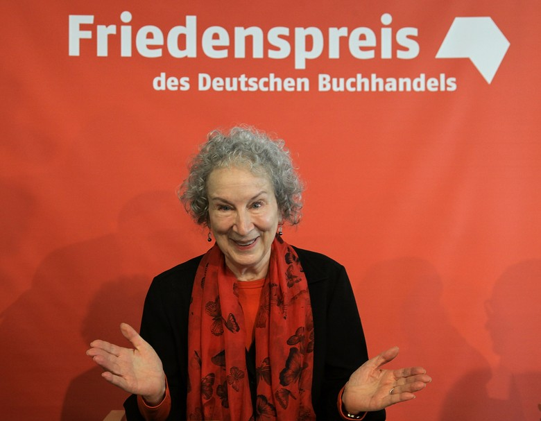 Margaret Atwood Juga Kritik Donald Trump di Frankfurt Book Fair 2017 Foto: Getty Images