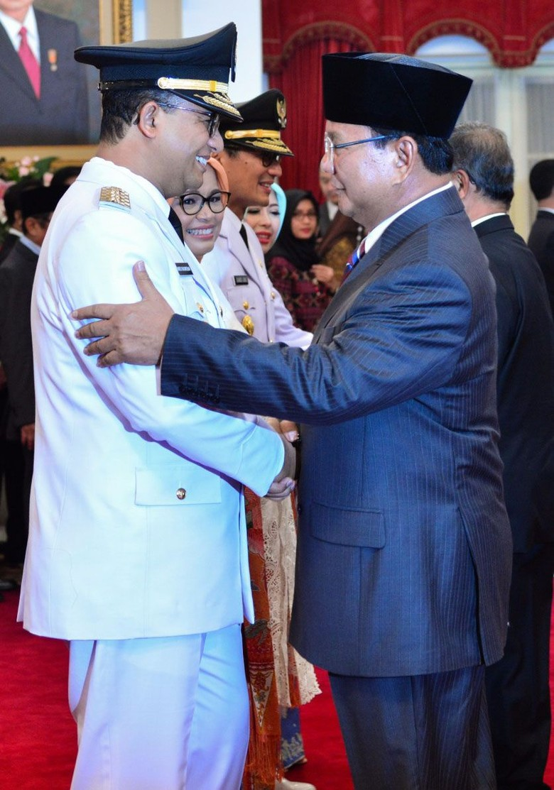 Revolusi Putih Usulan Prabowo yang Ditentang Menkes
