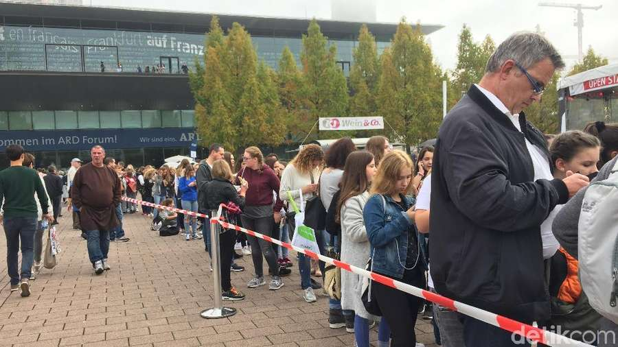 Antusiasme Remaja Kunjungi Frankfurt Book Fair di Hari Terakhir