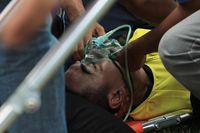 Choirul Huda kolaps setelah bertabrakan dengan pemain setimnya.