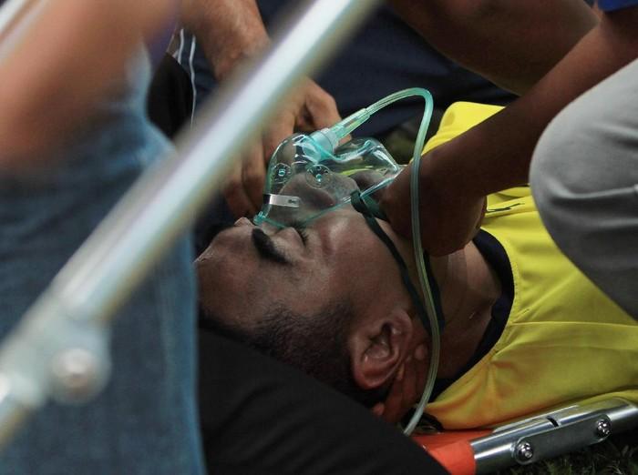 Pertolongan pertama perlu diberikan untuk korban cedera yang pingsan. Foto: Rahbani Syahputra/Antara Foto