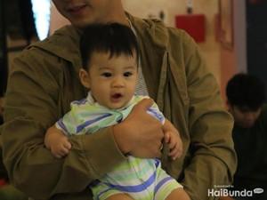 Foto-foto Menggemaskan Iori, Anak Putri Titian