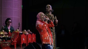 Laila Sari, Si Lincah yang Suka Banget Musik Rock