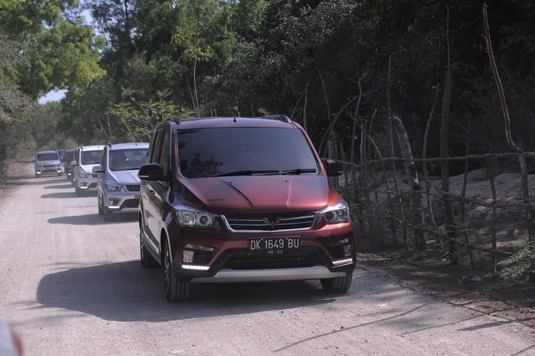 Wuling Confero rencananya akan dijadikan angkot. Foto: Dok. Wuling Motors Indonesia