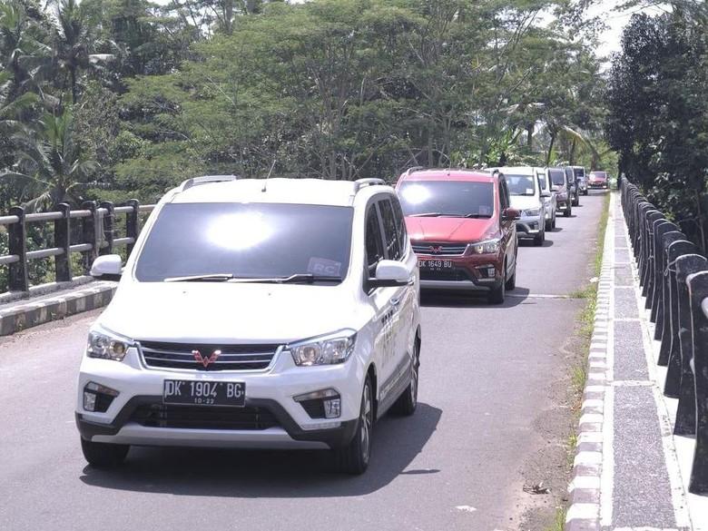 Ikuti Avanza, Wuling Mau Jadikan Confero Armada Taksi. Foto: Dok. Wuling Motors Indonesia