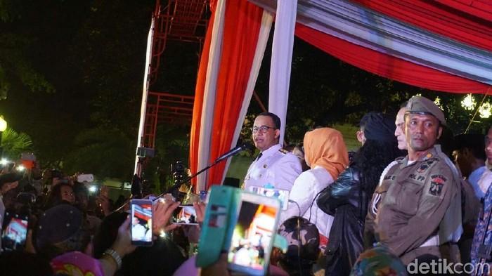 Anies berpidato di Balai Kota DKI. (Kanavino Ahmad Rizqo/detikcom)
