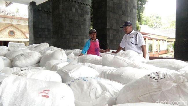 Nelayan Jepara Dapat Bantuan Alat Tangkap Ikan Ramah