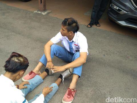 Terciduk di Biliar, Pelajar di Cirebon Dicukuri Rambutnya