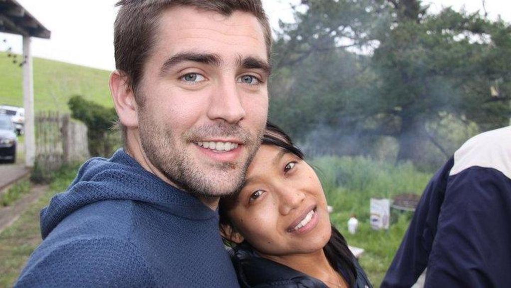 Bos Kesayangan Karyawan Facebook dan Istrinya yang Sederhana