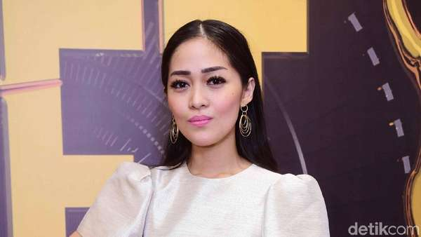 Dear David NOAH, Gracia Indri Makin Cantik Aja Nih!