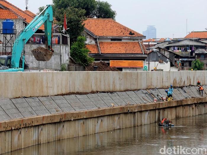 Normalisasi Sungai Ciliwung di Bukit Duri/Foto: Agung Pambudhy
