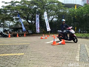 Sensasi Mengendarai Motor untuk Wanita, Yamaha Mio