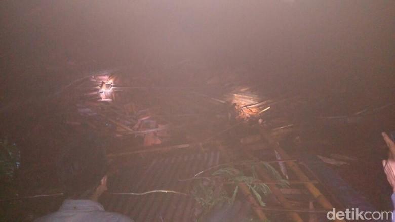 Longsor di Jember, 3 Orang Dilaporkan Tertimbun