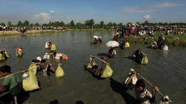 Kapal Pengungsi Rohingya Tenggelam Dekat Bangladesh, 4 Orang Tewas
