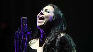 Totalitas Evanescence Pukau Ribuan Penonton