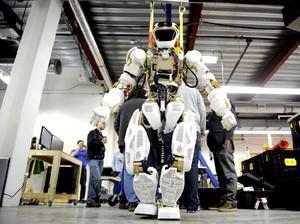Robot Humanoid Penjelajah Angkasa