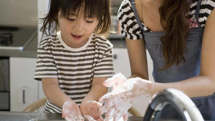Terlalu sering mencuci tangan ternyata tidak baik untuk kesehatan. (Foto: Thinkstock)